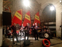 Tramonto in jazz a Montisola